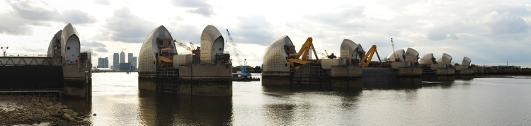 thames_barrier_3_crop_small_750